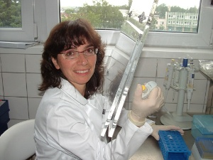 Vedoucí laboratoře M. Burýšková